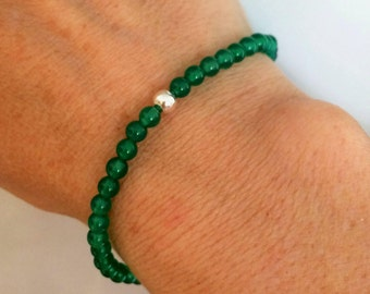 GREEN ONYX stretch Bracelet Sterling Silver tiny bead Bracelet, small Beaded heart Chakra bracelet Green Onyx jewelry healing jewellery gift