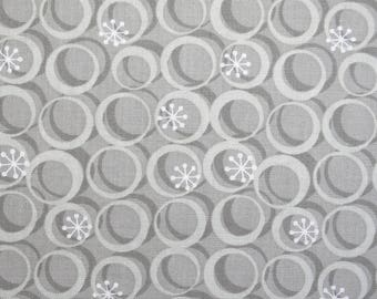 Gray and white fabric with geometric shapes, 110 cm wide