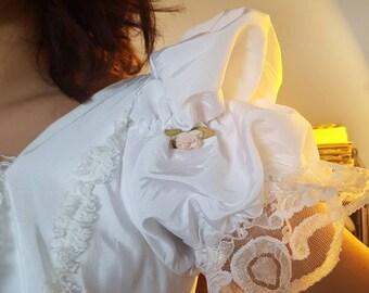 Wedding dress vintage, french vintage wedding dress, french wedding dress, wedding gown, 1980 wedding dress, robe de mariée vintage dentelle