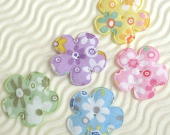 SET of 20 Assortment of Floral Design Padded Flower Appliques Yellow/Pink/Green/Blue/Purple