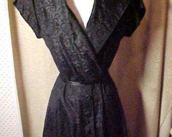 "Vintage 1950s Black Flocked Taffeta Dress, Swing Skirt, Button down Front, Wide Collar, Waist 29""  #2103"