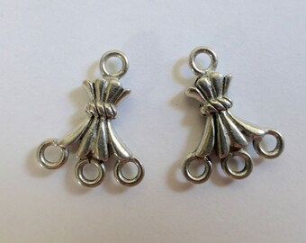 Vintage Silver Plated Earring Drops 3:1   17x14mm  (4)
