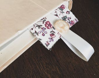 Fabric Bookmark (Cream Floral)