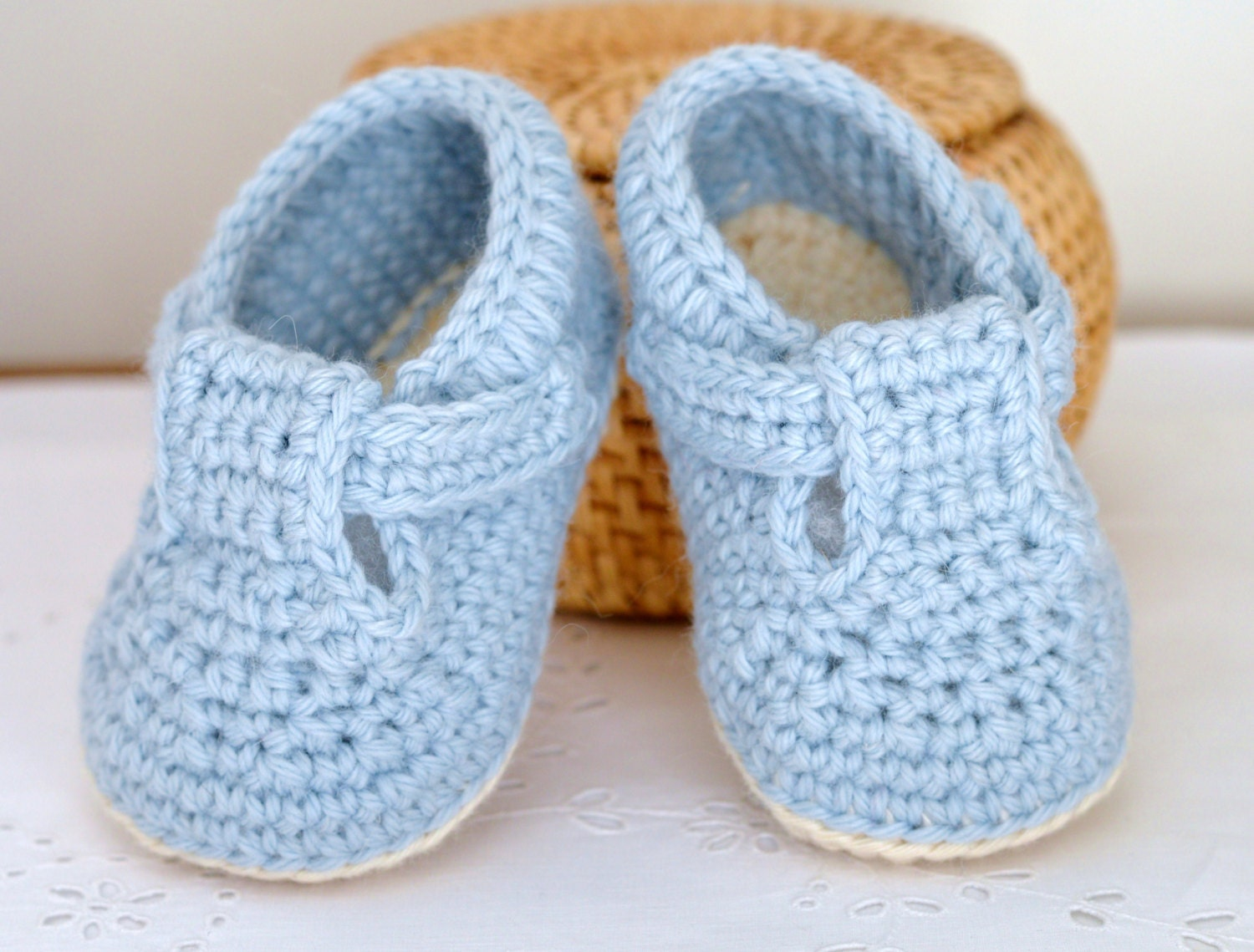 CROCHET PATTERN Baby Shoes Classic T-Bar Shoes for Baby Boys