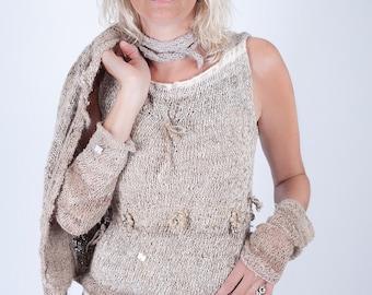 Natural sleeveless sweater