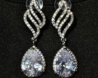 Wedding earrings Swarovski earrings crystal Bridal jewelry diamante jewellery Bridesmaid earrings gift for her