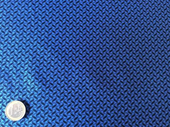 Japanese printed cotton poplin sold per 25cm, black/blue japanese print