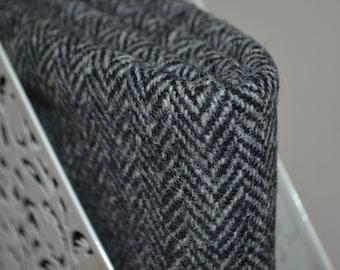 HARRIS TWEED FABRIC 100% pure virgin wool & authenticity labels black and white grey herringbone Various Sizes