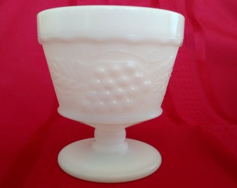 Milk Glass Dessert or Sorbet Cups  Set of 8   Anchor Hocking
