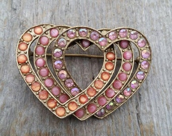 Liz Claiborne Pink and Peach Moonglow and Rhinestone Interlocking Hearts Brooch