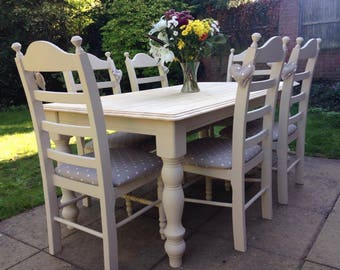 Cream Shabby chic farmhouse table set