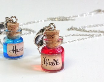 Tiny Health and Mana Potion Necklaces - Gamer jewelry, world warcraft, health magic potion, league of legends , Potion necklace, gamer gift