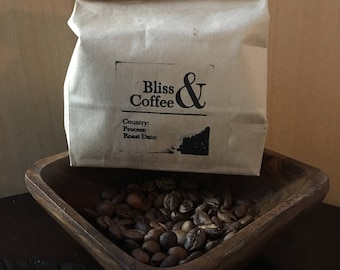 Single Origin High Quality Micro-batch Home roasted Sustainable Delicious Intentional Art Love Coffee Beans