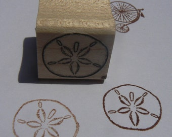 P24 Sand dollar rubber stamp WM miniature