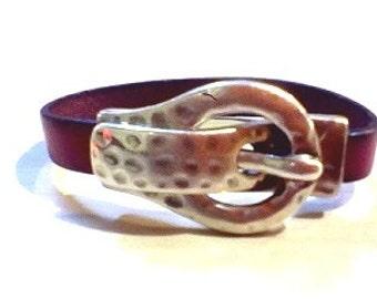 Women's Leather buckle bracelet