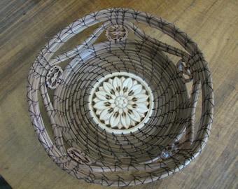 Star Pine Needle Basket with Rim