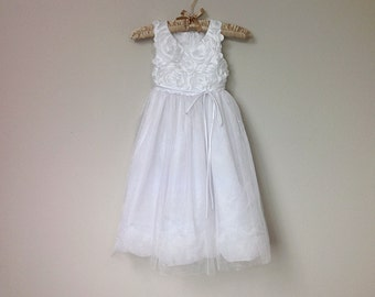 Charming Flower Girl Dress, Ages 5-6, Sleeveless White Party Dress with White Roses Appliques in Satin and Tulle with Tie Back Sash