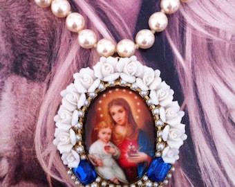"""Baroque necklace """"Sainte Marie à l'enfant"""""""