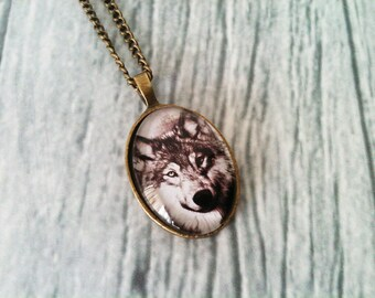 Wolf necklace, wolf jewelry, animal pendant, bronze pendant, glass cabochon, sepia jewelry, forest jewelry, kitsch necklace