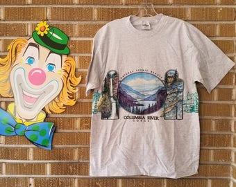 Columbia River Gorge, Oregon graphic t shirt 90s