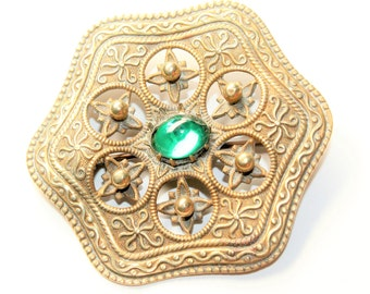 Bohoemian Czech Sparkly Green Rhinestone Diamante Gold Coloured Vintage Brooch (c1930s)