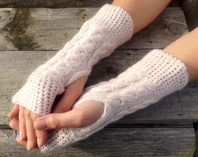 Ladies oatmeal pure cashmere fingerless mittens by Willow Luxury (one size)