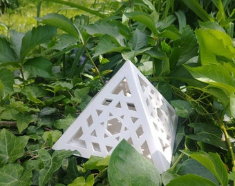 Pyramid sun ceramic candle holder / shader lamp