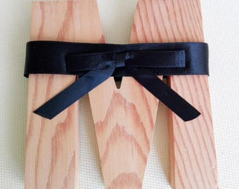 Black ribbon choker with bow