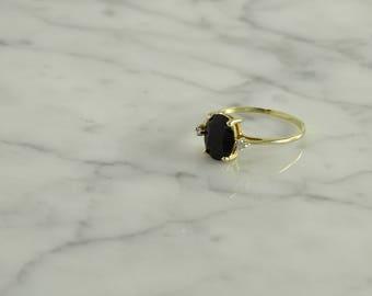 10K Onyx Diamond Ring ( size 6.75 )