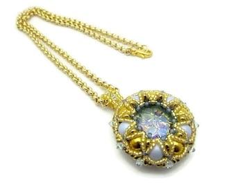 Necklace pendant woven weaving needle Elizabeth