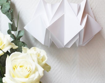 Origami Wall Sconce handmade in Paper | Wall light fixture | Perfect for your interiors