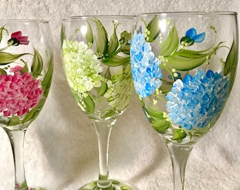 Free shipping hydrangeas hand painted on set of four wine glasses