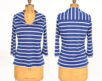 S A L E  1960s blue and white sailor top / striped shirt / 60s top .. small