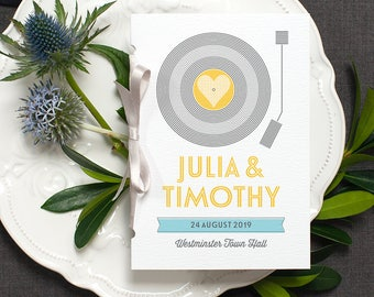 Retro Wedding Program / 'Vinyl Record' Pocket-sized Order of Service Mass Booklet / Fun Music Themed Wedding / Custom Colours / ONE SAMPLE