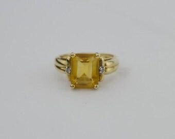 10k Yellow Gold Vintage Citrine & Diamond Ring Size 6.25