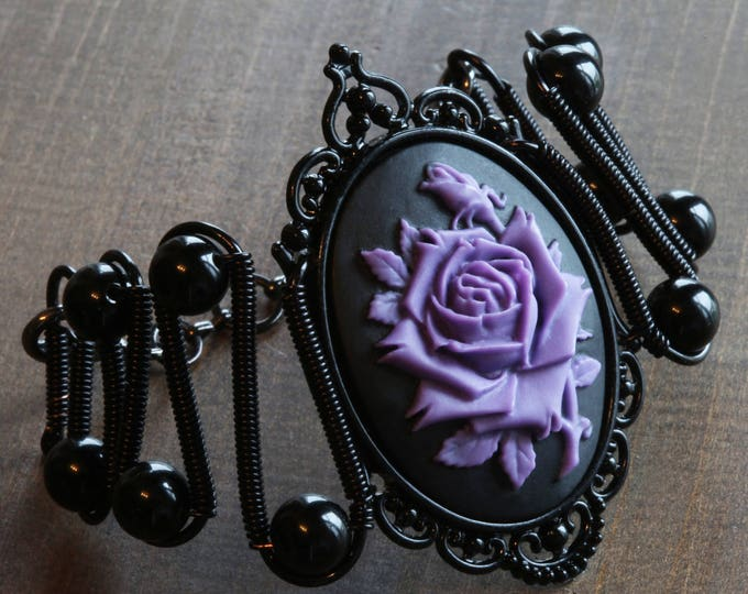 Rose bracelet, Gothic Chic Jewerly - Bracelet - Purple and Black Rose Cameo
