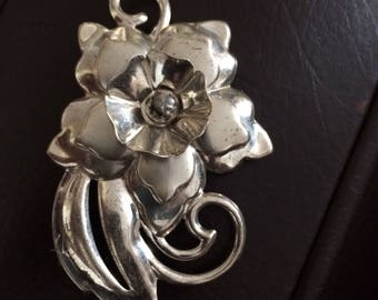 Large Vintage Sterling Flower Brooch Pin