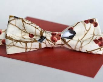 Bird fabric bowtie - Adjustable - Unisex