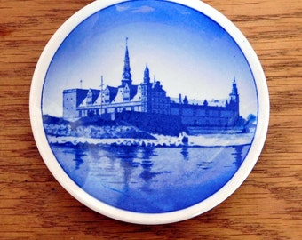 "Vintage 1956 Royal Copenhagen Aluminia Faience Mini Collector Plate - Kronborg Slot - ""Beehive"" Mark - Blue and White Danish Souvenir"