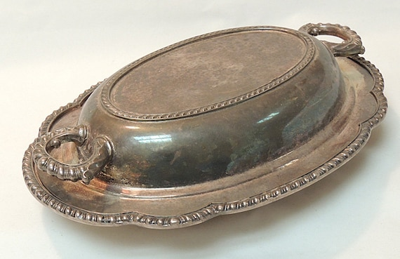 Vintage Wallace Silverplate Melford Castleton Oval Serving Dish W Handled Cover M601