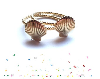 Keepsake Shell ring. Gold Plated. Stacking Ring. Delicate Ring. Mermaid Jewelry