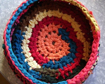 Crochet Cat Dog Basket