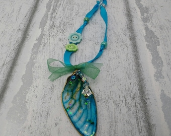 Fairy wing hanger, wing ornament, fairy decor, wall hanging, fairy gifts, blue wing, fae decoration, cicada wing, faerie, fairy keepsake, UK