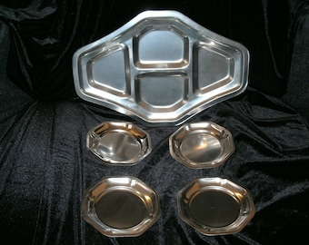 Serving tray and 4 plates stainless steel 1970's
