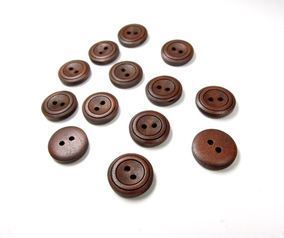 8 Dark brown sewing buttons 18 mm - Medium size wooden buttons - Retro style hipster buttons - Quality wood buttons. UK Seller