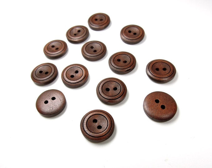 8 Dark brown sewing buttons 18 mm, Medium size wooden buttons, Retro style hipster buttons, Quality wood buttons