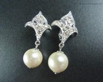 Vintage Sarah Coventry Rhinestone Faux Pearl Earrings, Jewelry 1970s, Persian Princess, Clip On Style, Clear Silvertone Dangle, Fleur-de-lis