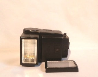 Vintage Canon Speedlite 199A Electronic Flash Camera Flash With Diffuser Tested