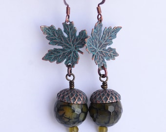 Realistic Acorn Earrings, Fall Leaf Earrings, Boho Fall Jewelry, Agate Bead Acorn Charm Jewelry, Verdigris Green Patina Earrings, SRAJD