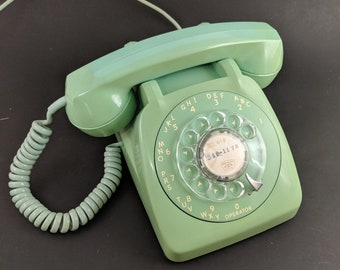 Vintage Mint Green Rotary Phone Retro 50s 60s Telephone Desk Office Prop Decoration General System